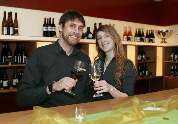 Thomas Michl und Lisa Romstöck von der Churfrankenvinothek Bürgstadt